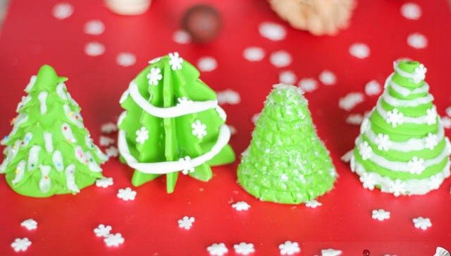 Christmas Tree Toppers for Cakes or Cupcakes