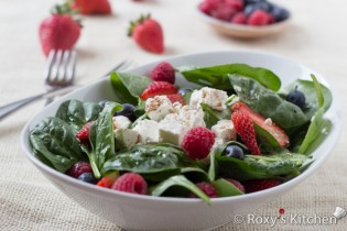 5-Ingredient Spinach Salad with Berries & Feta Cheese | Roxy's Kitchen