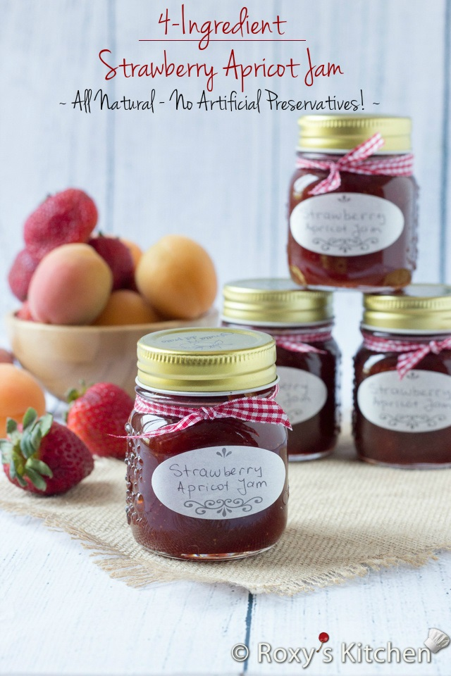 4-Ingredient Homemade Strawberry Apricot Jam | Roxy's Kitchen All natural, recipe with basic ingredients and no food preservatives, pectin or any other artificial flavors and colors! #jams #preserves #canning