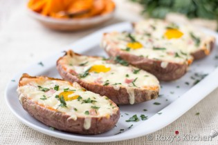 Breakfast Egg Stuffed Sweet Potatoes | Roxy's Kitchen A super filling five-ingredient breakfast loaded with vitamins & nutrients.