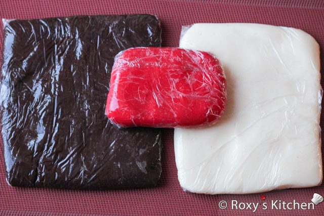 How to Make Modeling Chocolate for decorating cakes, cupcakes and cookies - Cover the modeling chocolate in plastic wrap and store it at room temperature until needed.