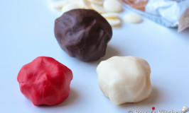 How to Make Modeling Chocolate for decorating cakes, cupcakes and cookies
