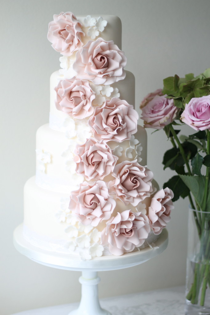 cascading roses wedding cake 14 fabulous wedding cakes with modern flair s kitchen 12431